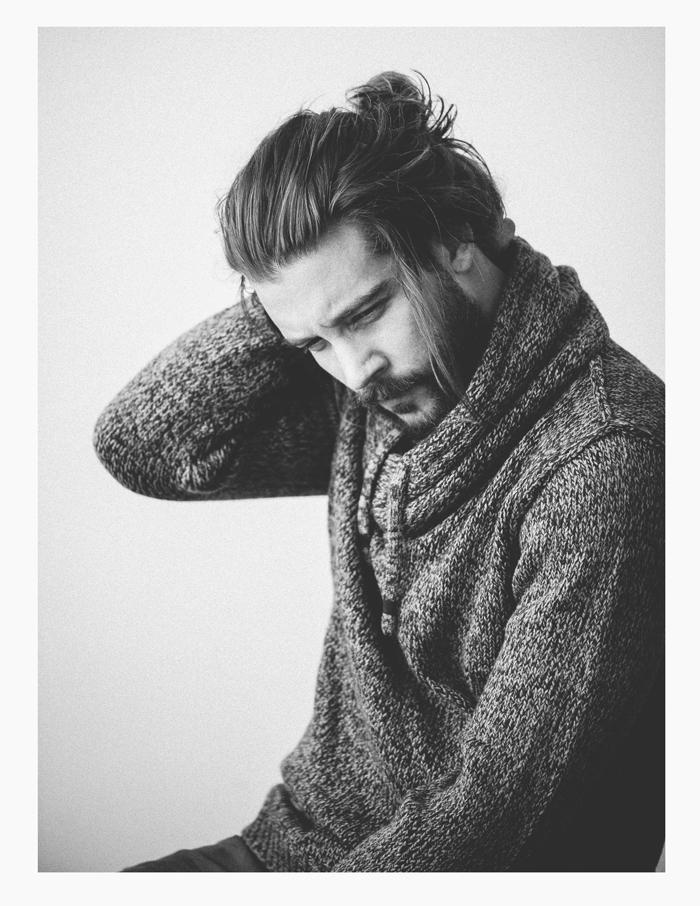 BehindTheSweater_02_700.jpg