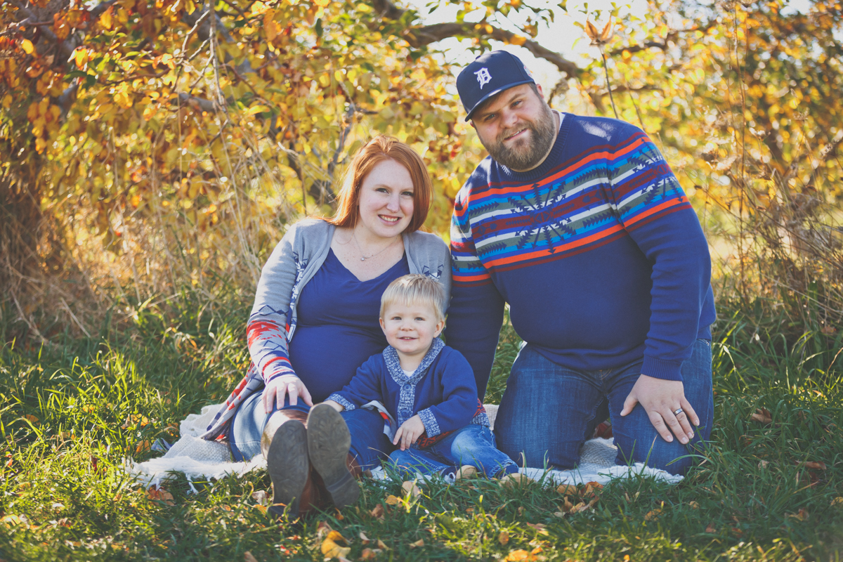 Fowler Family // Maternity Session