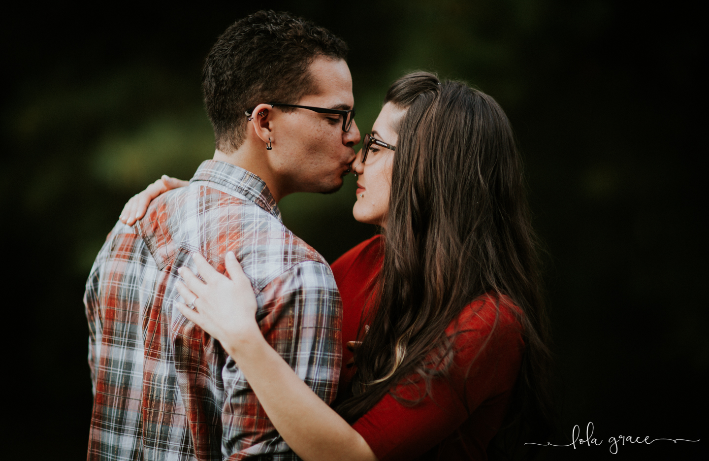 lola-grace-photography-chelsea-jesse-engagement-photos-12.jpg