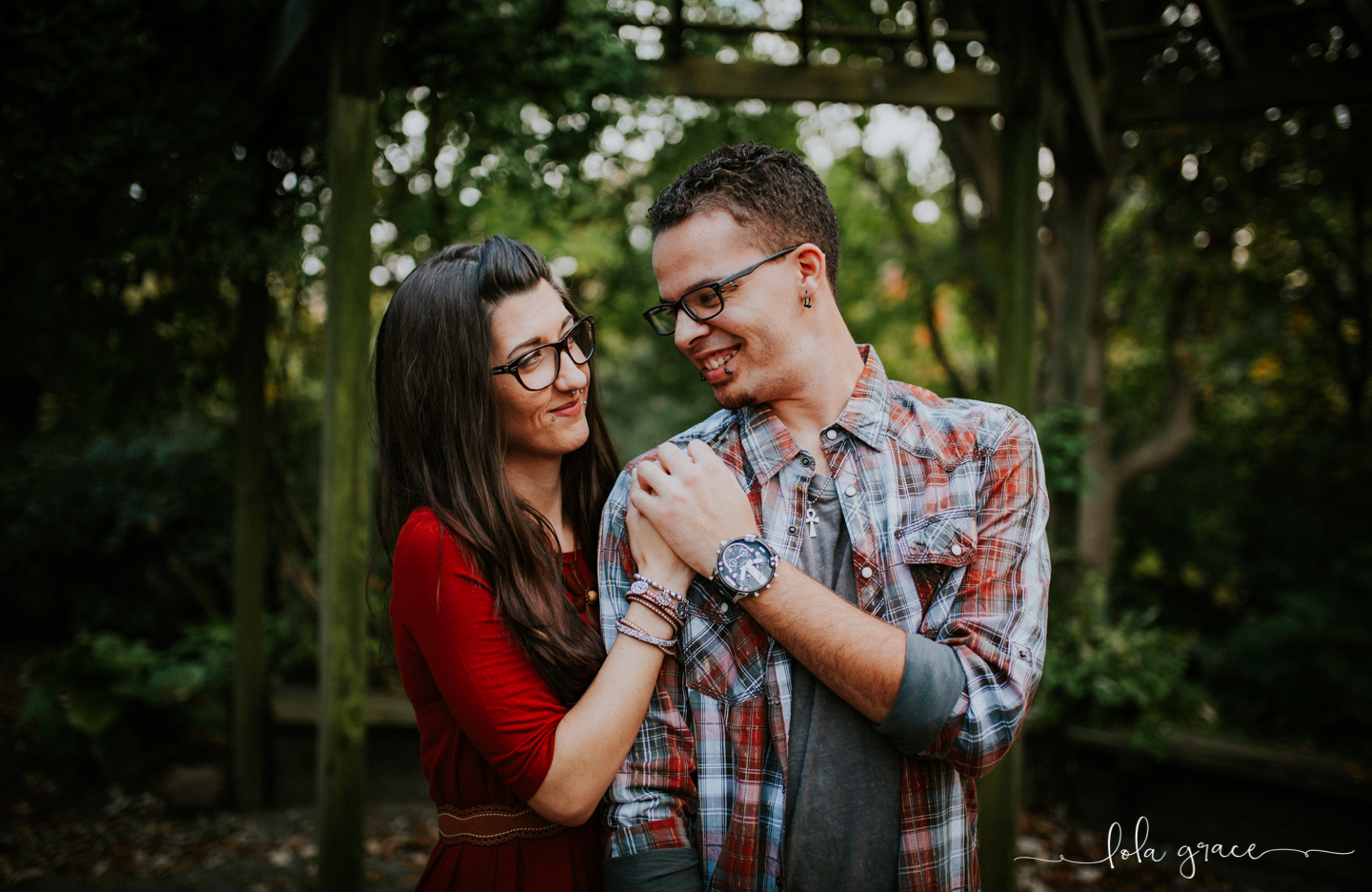 lola-grace-photography-chelsea-jesse-engagement-photos-17.jpg