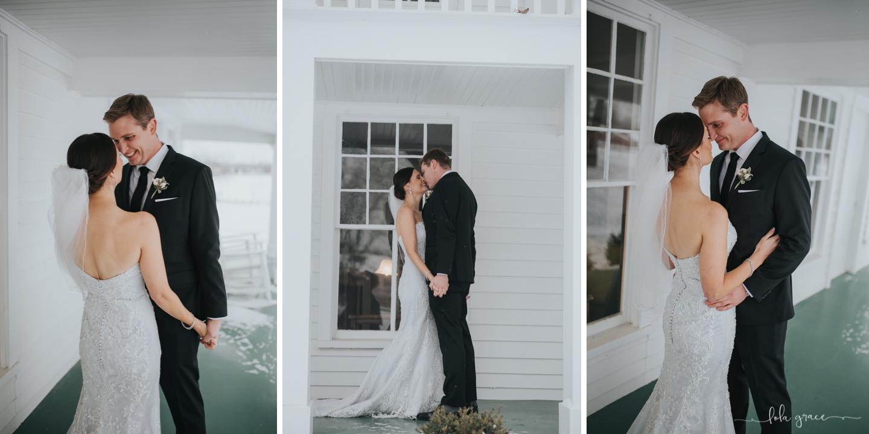 lola-grace-photography-michigan-winter-wedding-cornman-farms-27.jpg