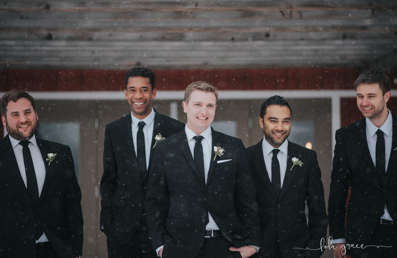 lola-grace-photography-michigan-winter-wedding-cornman-farms-36.jpg