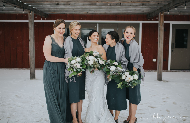 lola-grace-photography-michigan-winter-wedding-cornman-farms-40.jpg