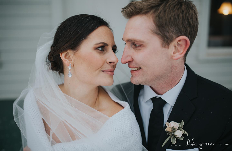 lola-grace-photography-michigan-winter-wedding-cornman-farms-46.jpg