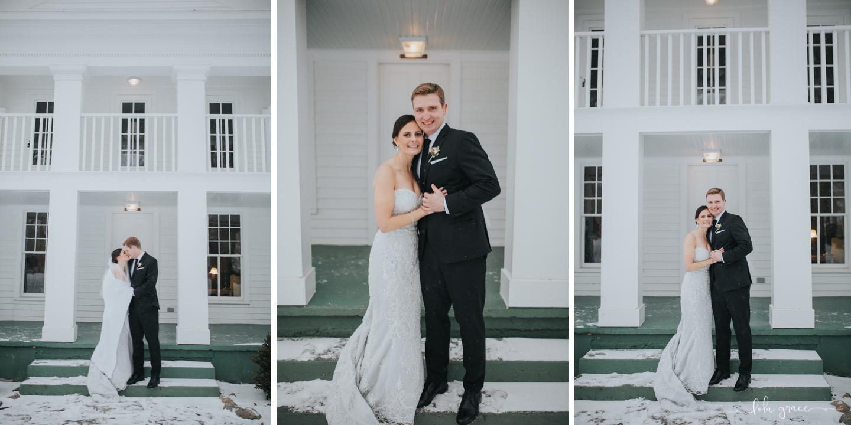 lola-grace-photography-michigan-winter-wedding-cornman-farms-47.jpg
