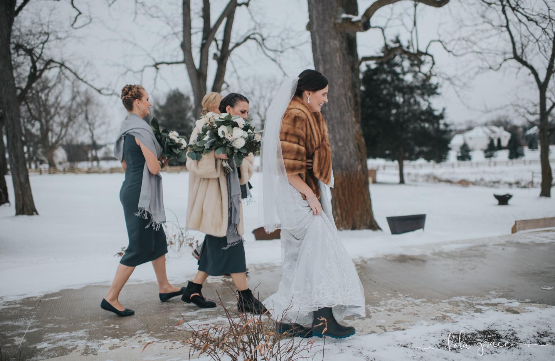 lola-grace-photography-michigan-winter-wedding-cornman-farms-54.jpg