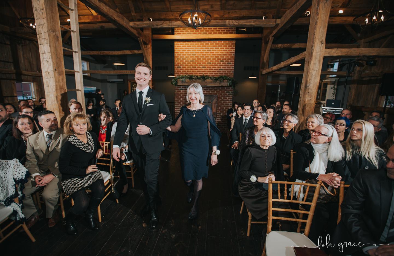lola-grace-photography-michigan-winter-wedding-cornman-farms-55.jpg