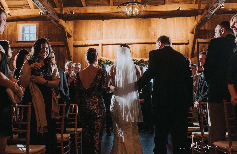 lola-grace-photography-michigan-winter-wedding-cornman-farms-62.jpg