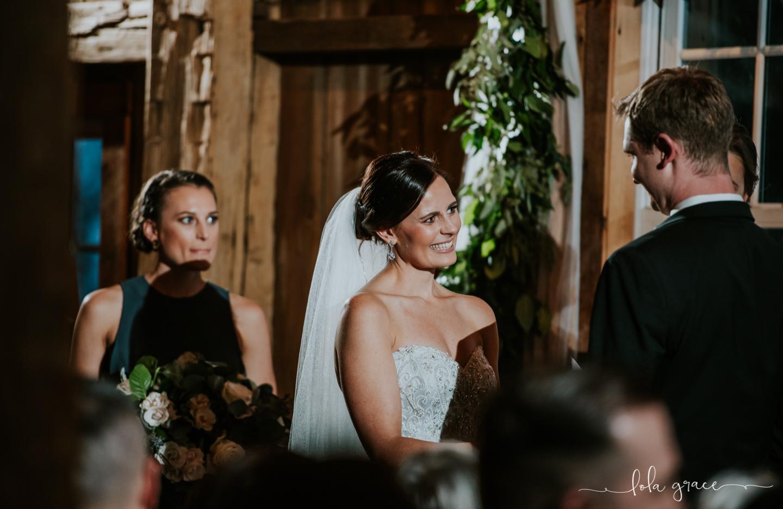 lola-grace-photography-michigan-winter-wedding-cornman-farms-67.jpg