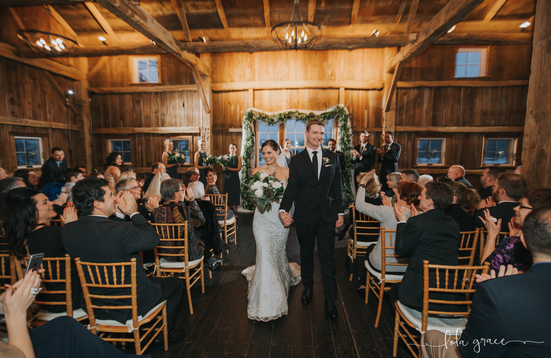 lola-grace-photography-michigan-winter-wedding-cornman-farms-69.jpg