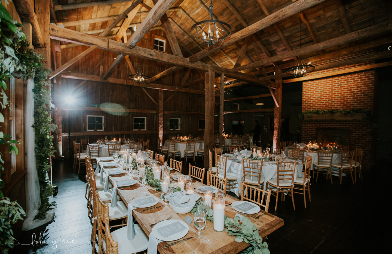 lola-grace-photography-michigan-winter-wedding-cornman-farms-77.jpg