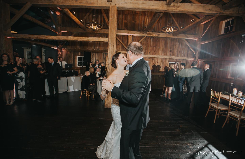 lola-grace-photography-michigan-winter-wedding-cornman-farms-93.jpg