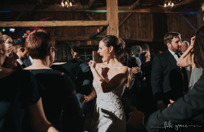 lola-grace-photography-michigan-winter-wedding-cornman-farms-97.jpg