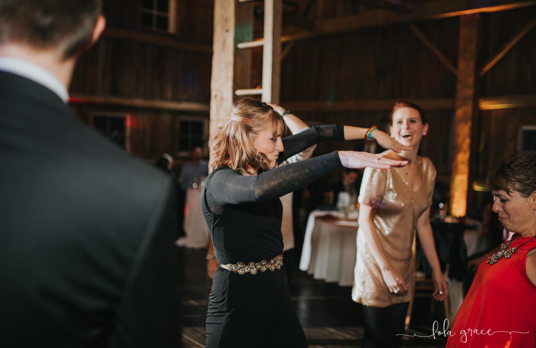lola-grace-photography-michigan-winter-wedding-cornman-farms-100.jpg