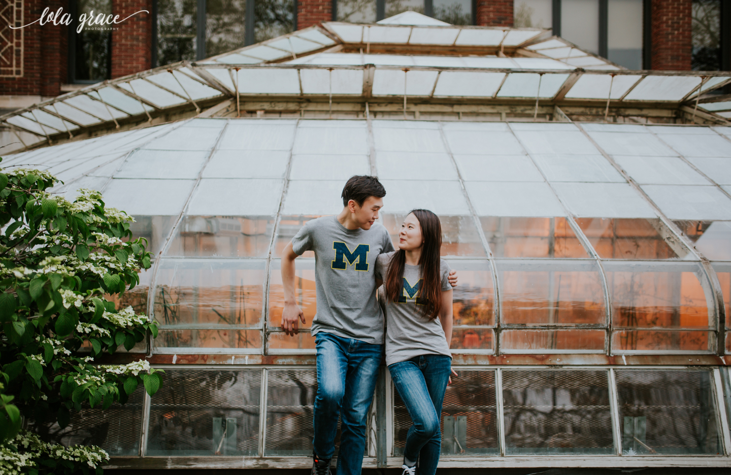spring-ann-arbor-engagement-session-university-of-michigan-2.jpg