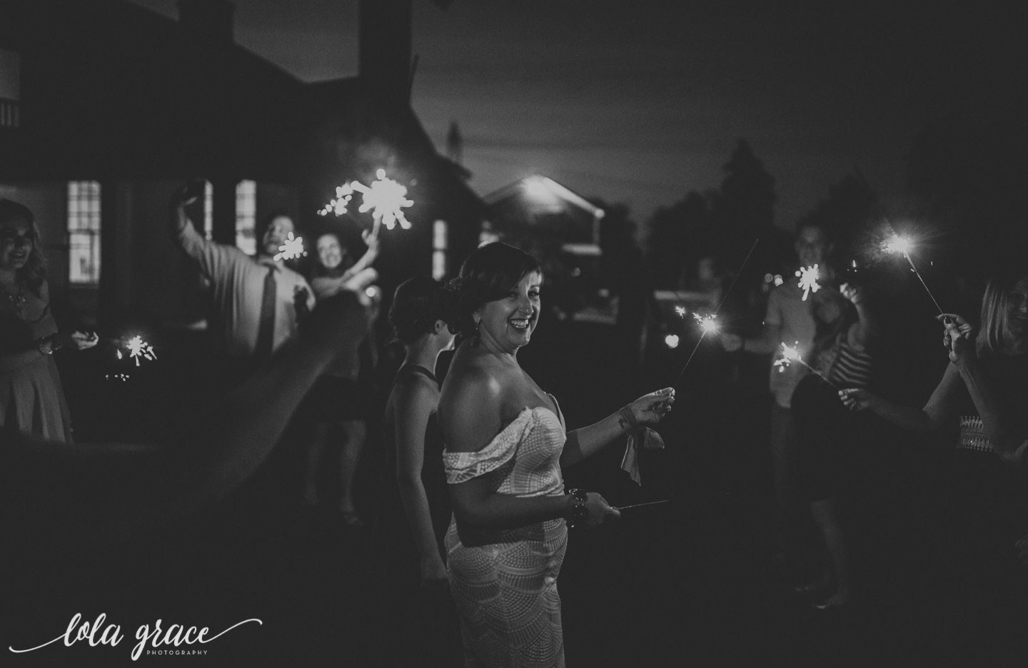 lola-grace-photography-michigan-fouth-of-july-wedding-conman-farms-87.jpg