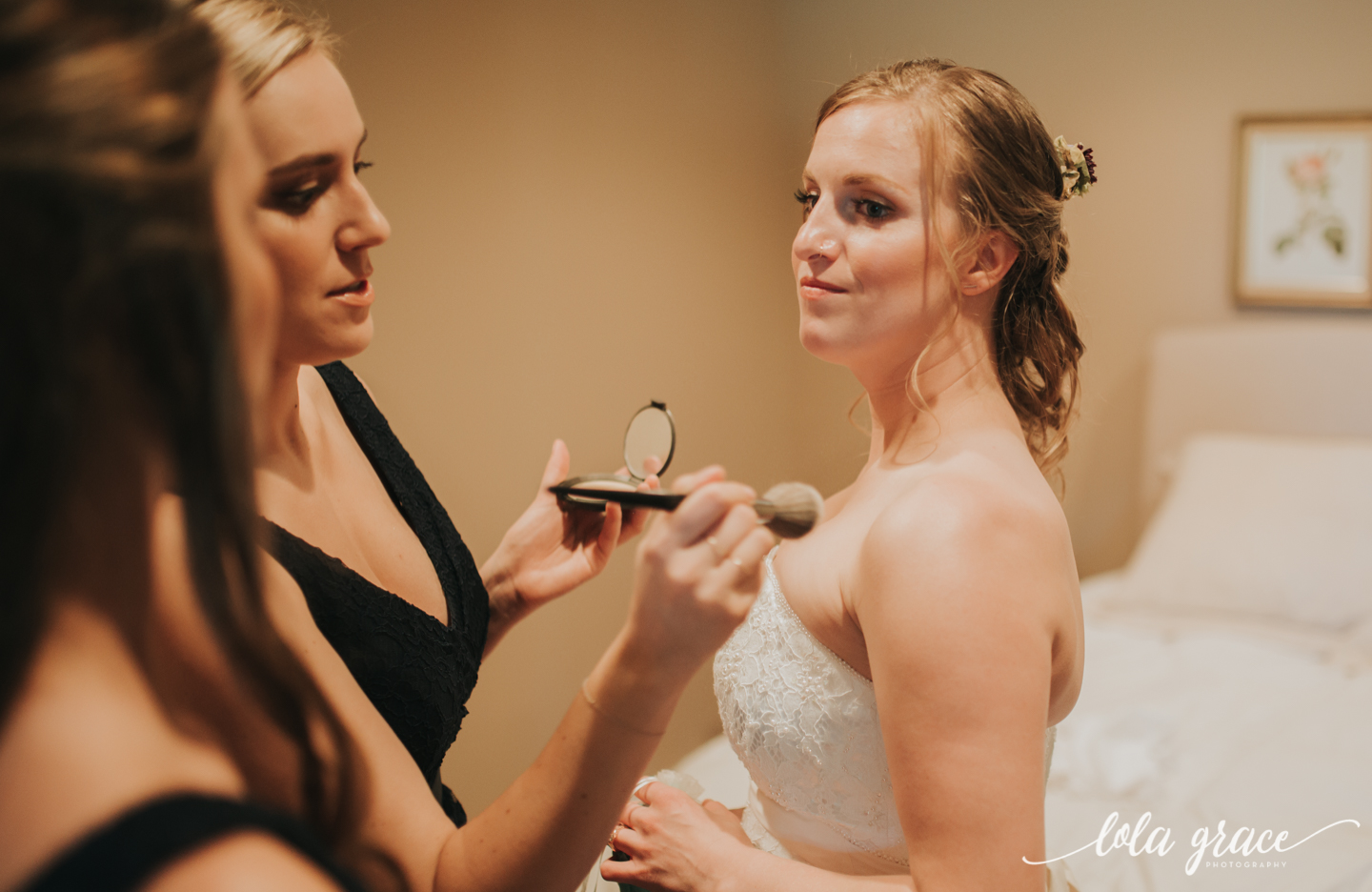summer-wedding-at-misty-farms-ann-arbor-8.jpg
