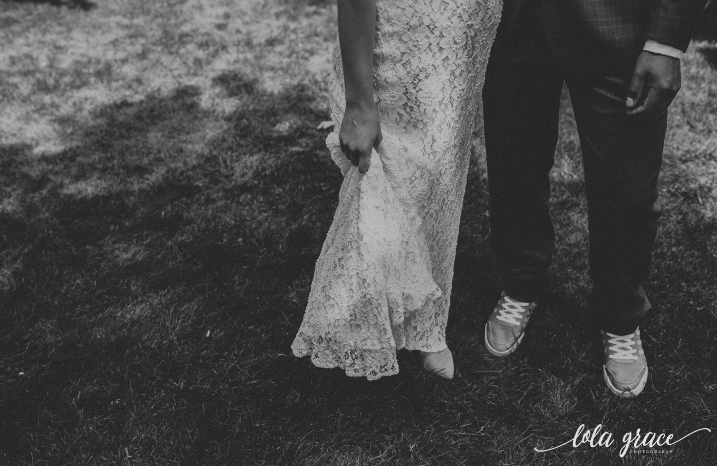 summer-wedding-at-misty-farms-ann-arbor-21.jpg
