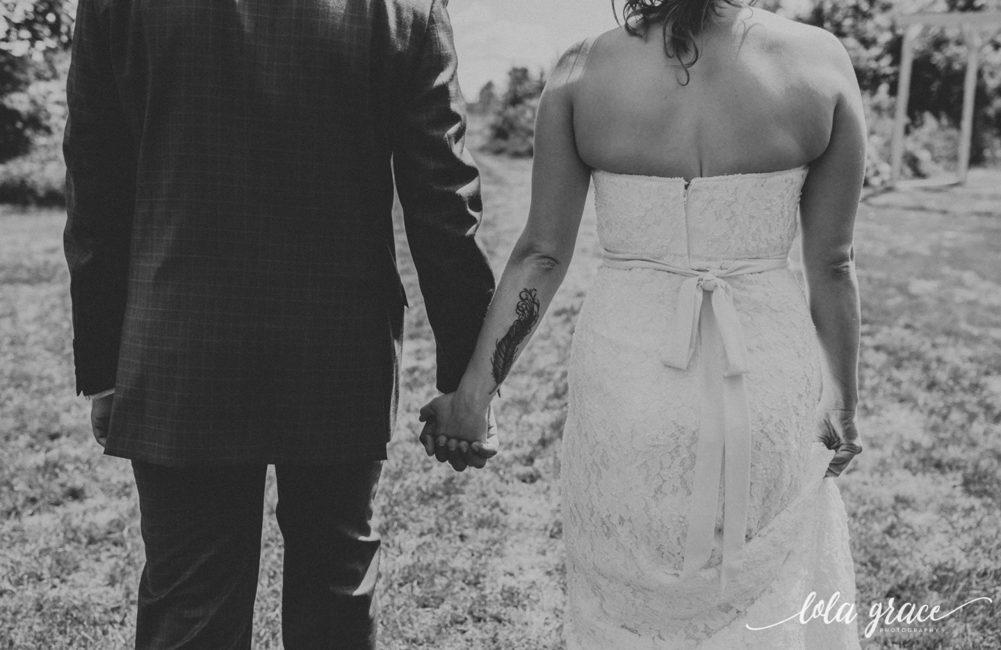 summer-wedding-at-misty-farms-ann-arbor-23.jpg