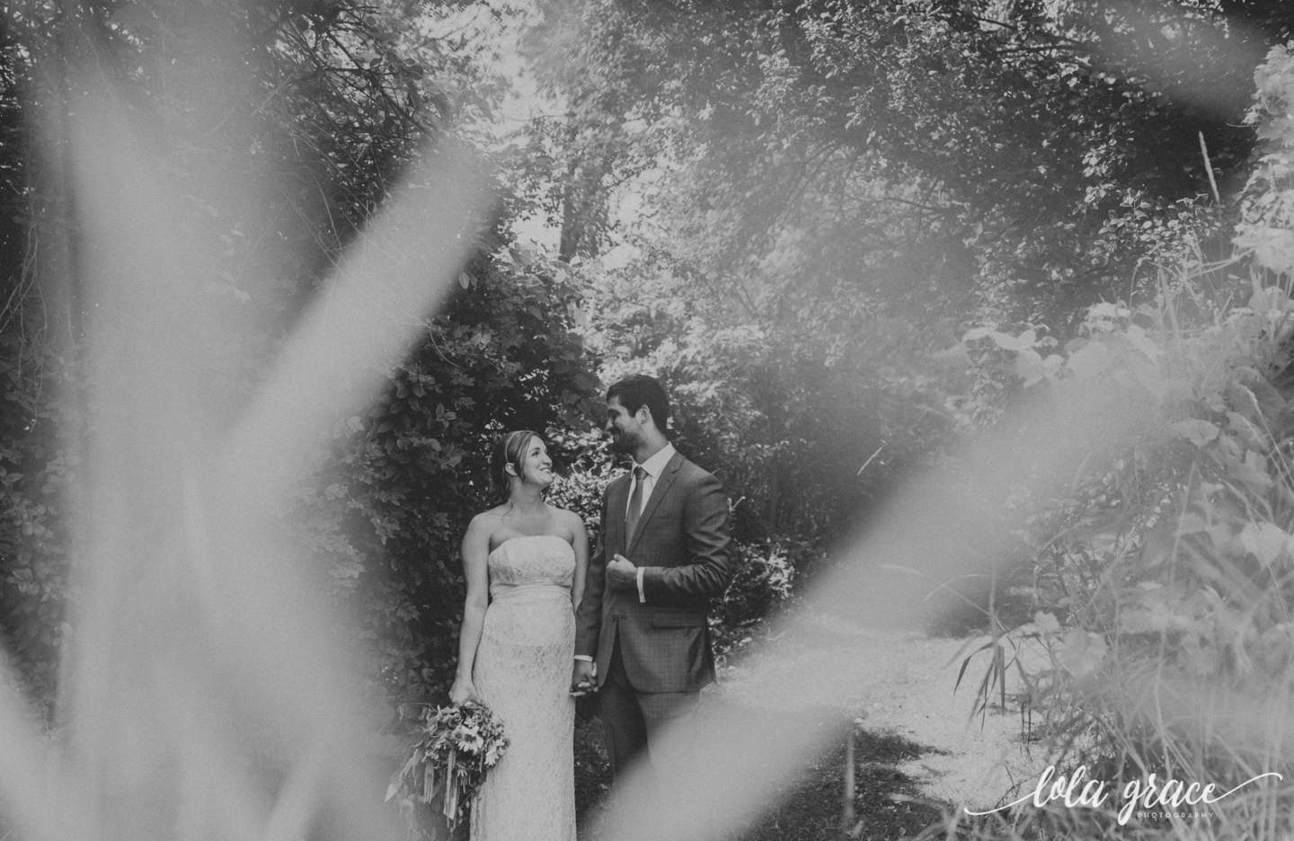 summer-wedding-at-misty-farms-ann-arbor-74.jpg