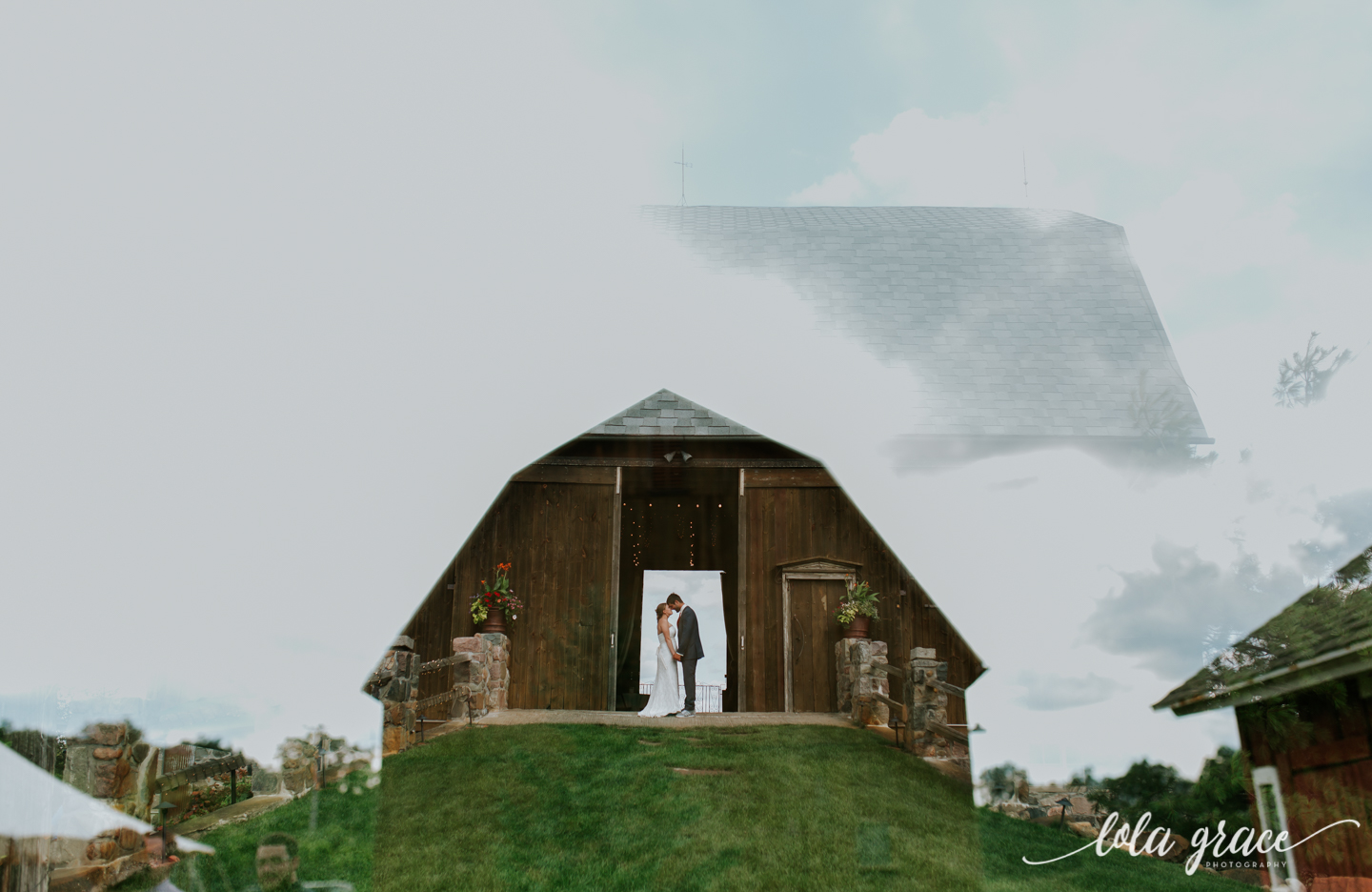 summer-wedding-at-misty-farms-ann-arbor-87.jpg
