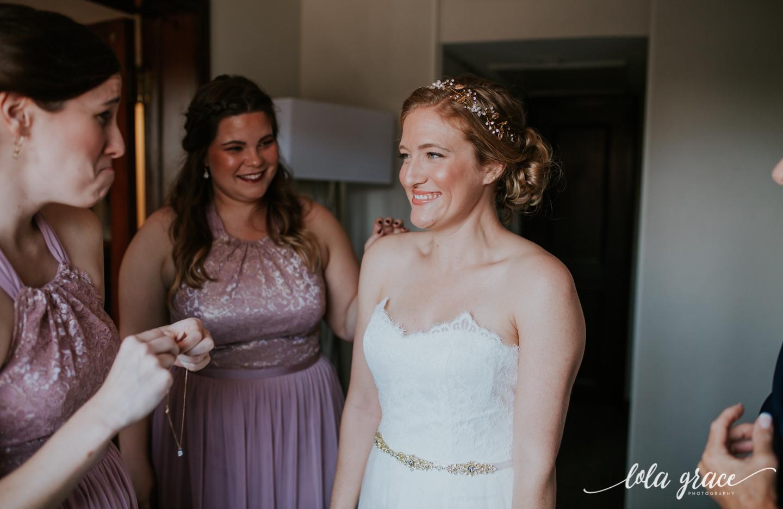 lolagracephotography-fall-ann-arbor-wedding-botanical-gardens-13.jpg