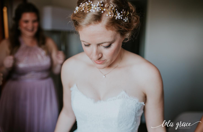 lolagracephotography-fall-ann-arbor-wedding-botanical-gardens-15.jpg