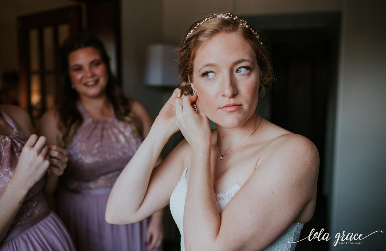 lolagracephotography-fall-ann-arbor-wedding-botanical-gardens-16.jpg