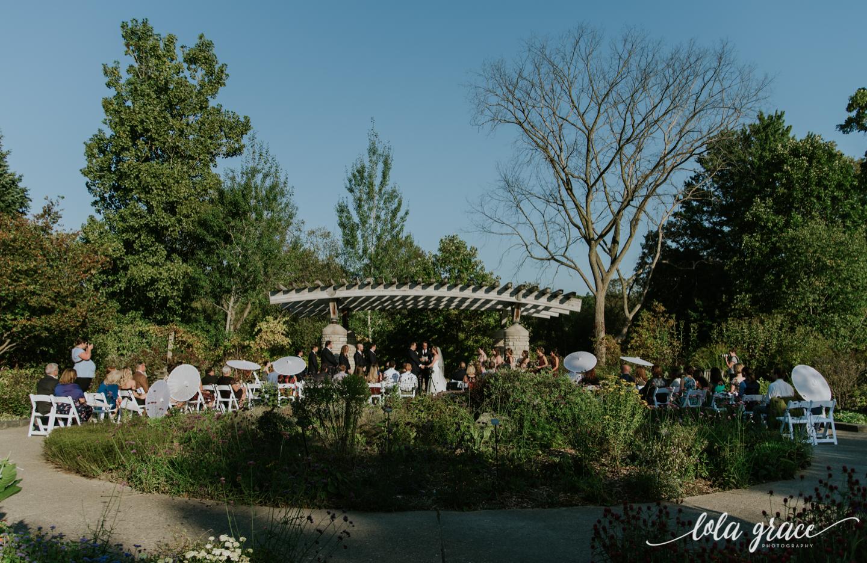 lolagracephotography-fall-ann-arbor-wedding-botanical-gardens-34.jpg