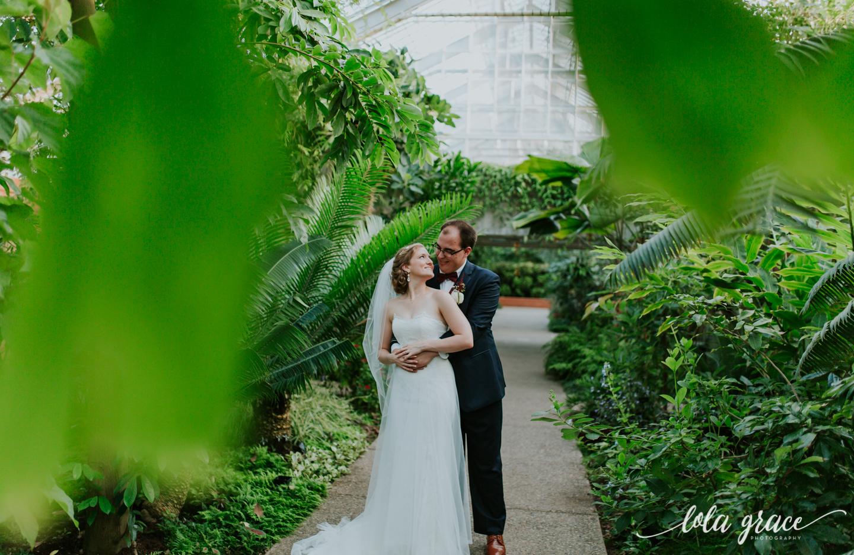 lolagracephotography-fall-ann-arbor-wedding-botanical-gardens-47.jpg