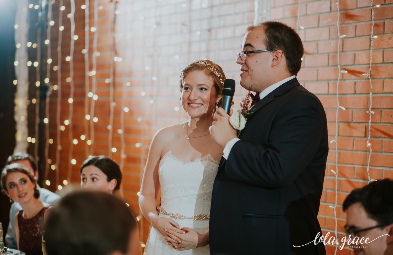 lolagracephotography-fall-ann-arbor-wedding-botanical-gardens-54.jpg