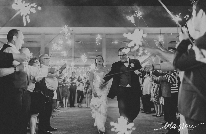lolagracephotography-fall-ann-arbor-wedding-botanical-gardens-69.jpg