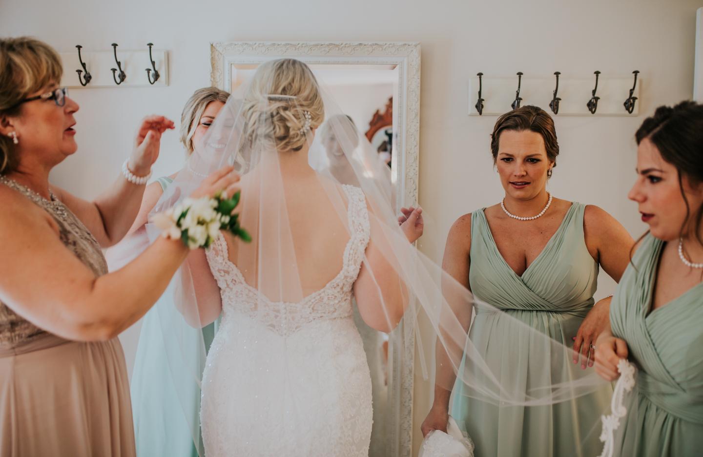 lola-grace-photography-cornman-farms-summer-wedding-31.jpg
