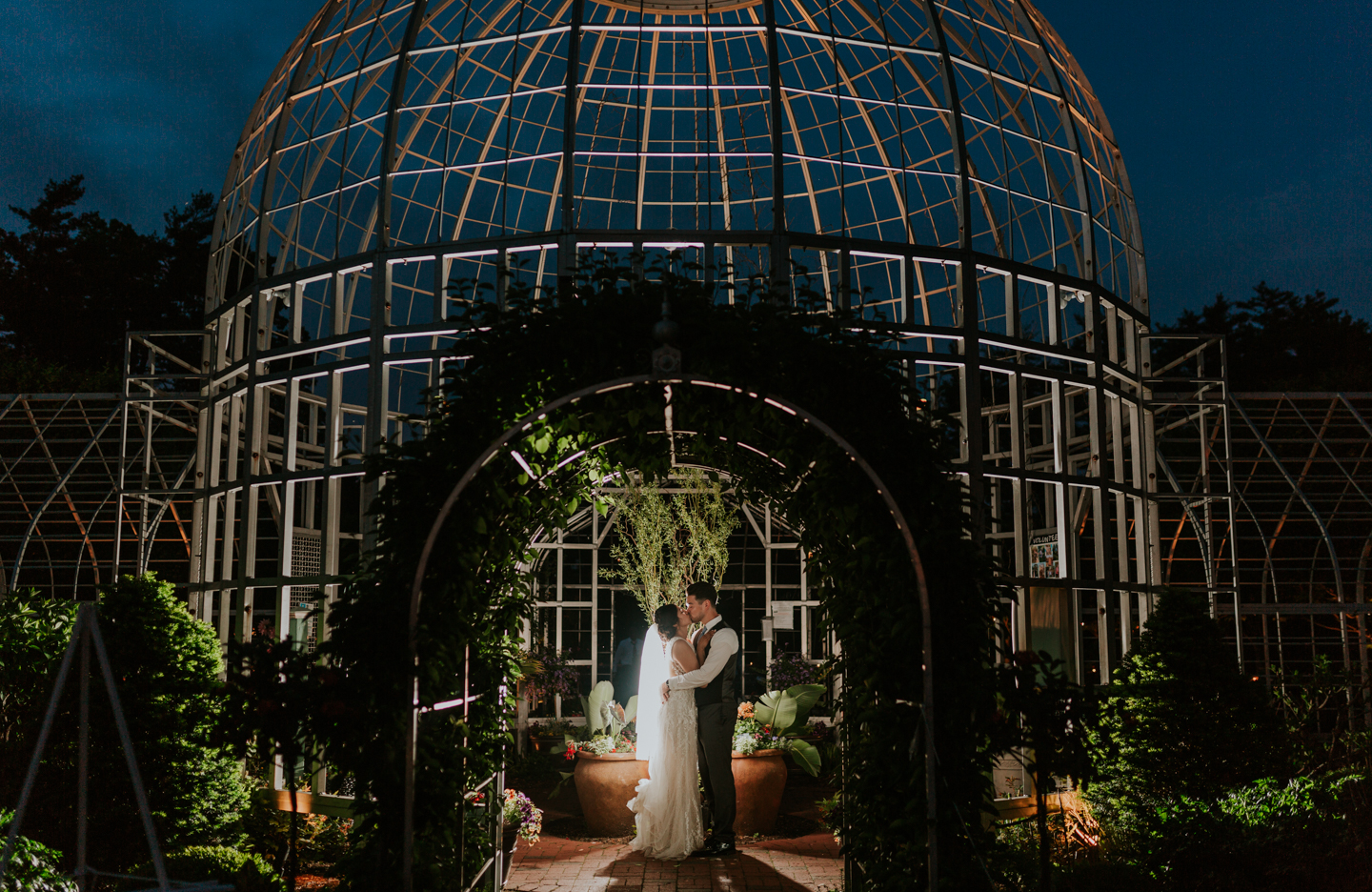 lola-grace-photography-taylor-botanical-gardens-wedding-56.jpg