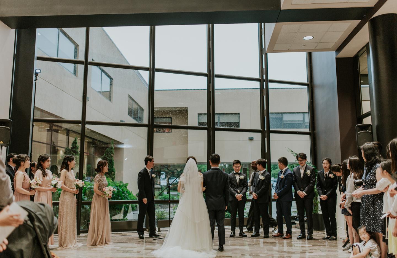LGP-ann-arbor-eagle-crest-wedding-025.jpg