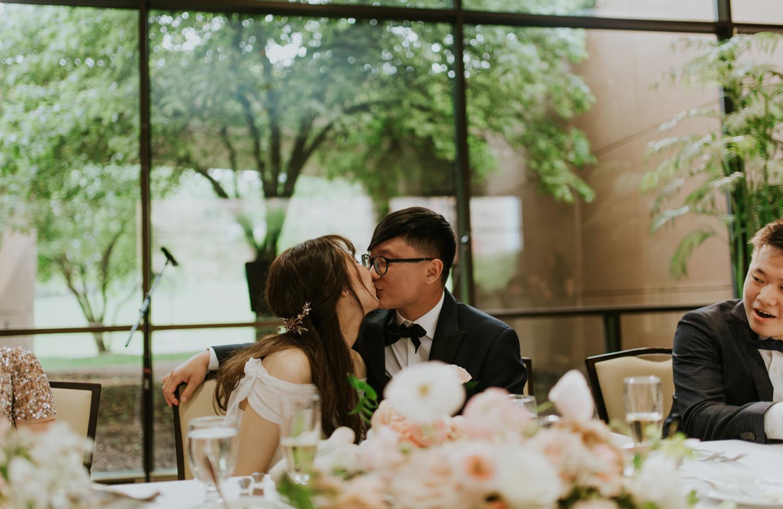 LGP-ann-arbor-eagle-crest-wedding-065.jpg