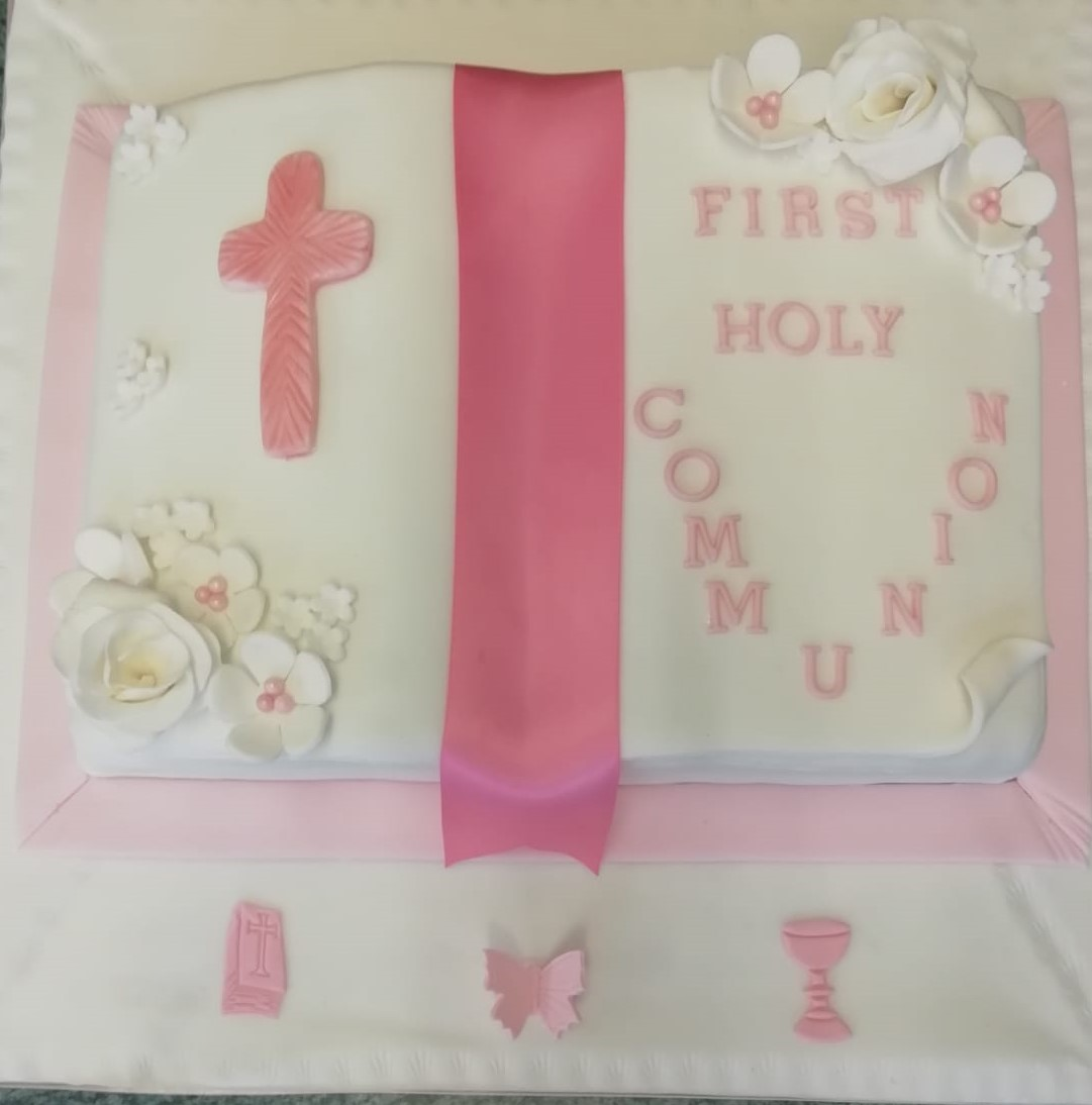 Girls First Comm Cake 2019.jpg