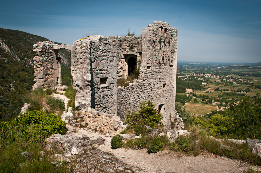 Tour-Provence-Bliss-Travels-ruins.jpg