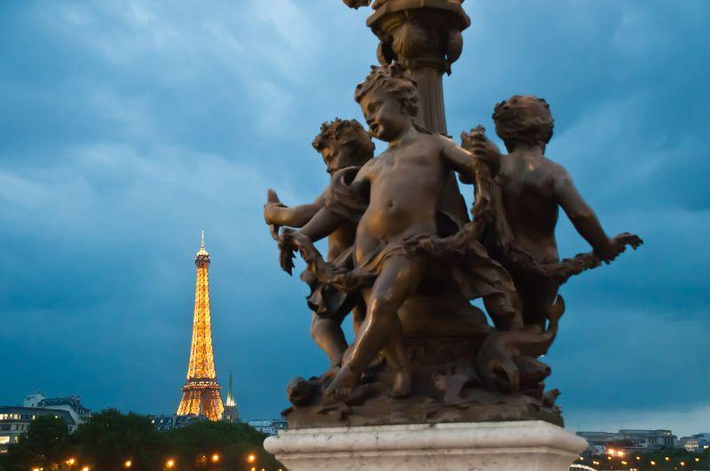 EiffelTower-Tour-France-BlissTravels.jpeg