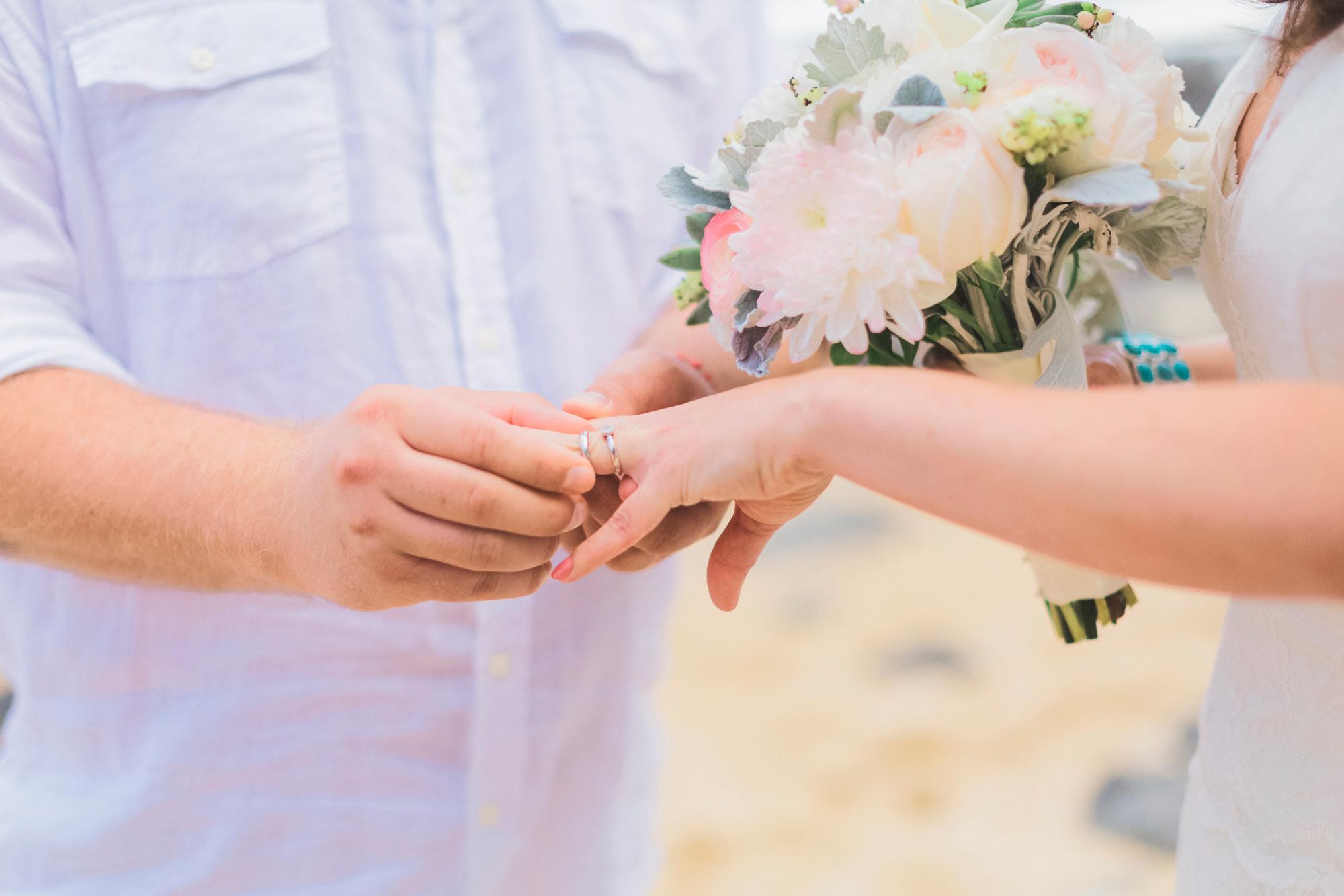 angie-diaz-photography-maui-elopement-pamela-jorg-10.jpg
