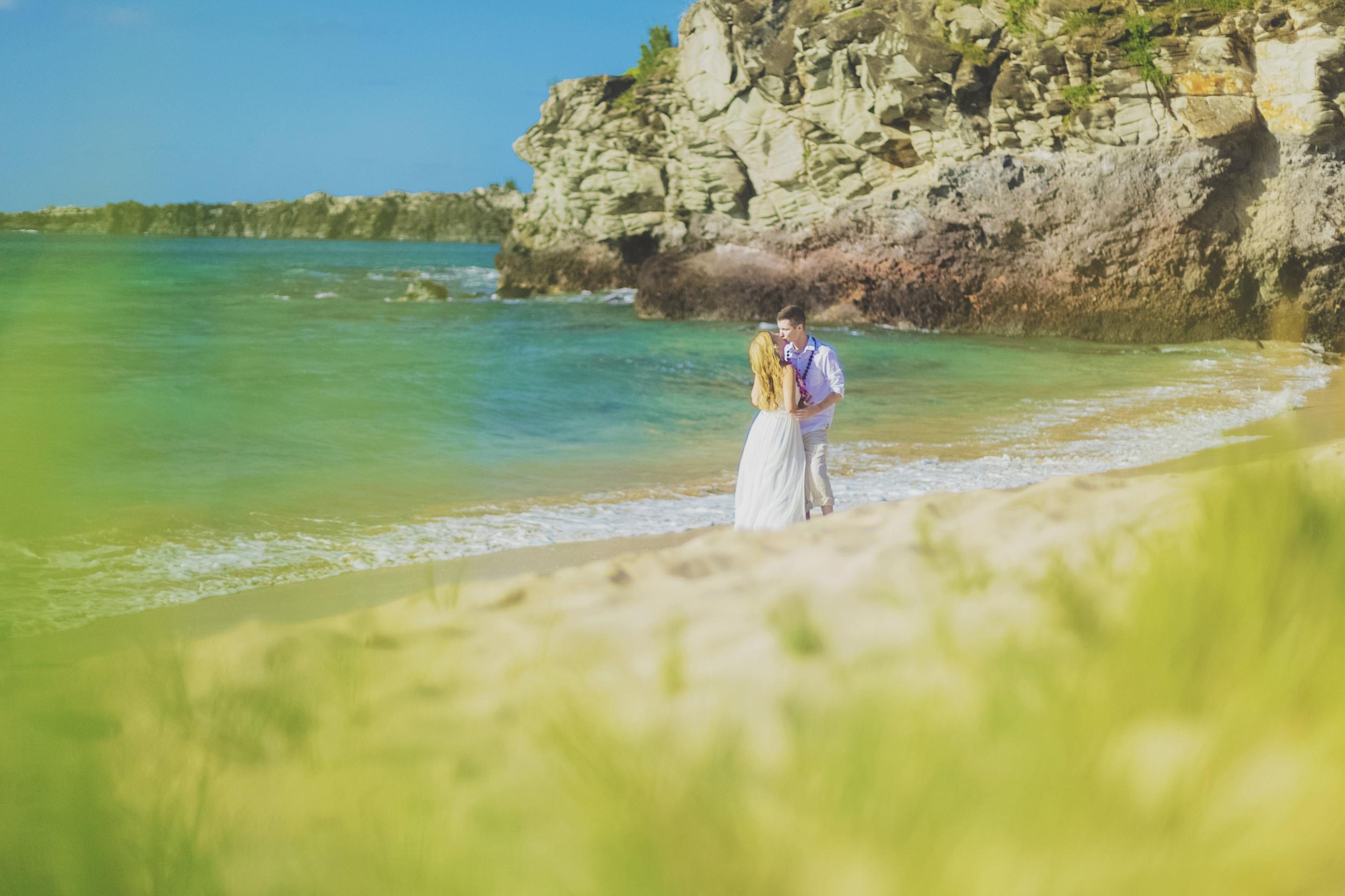 angie-diaz-photography-maui-honeymoon-hawaii-elopement-9.jpg