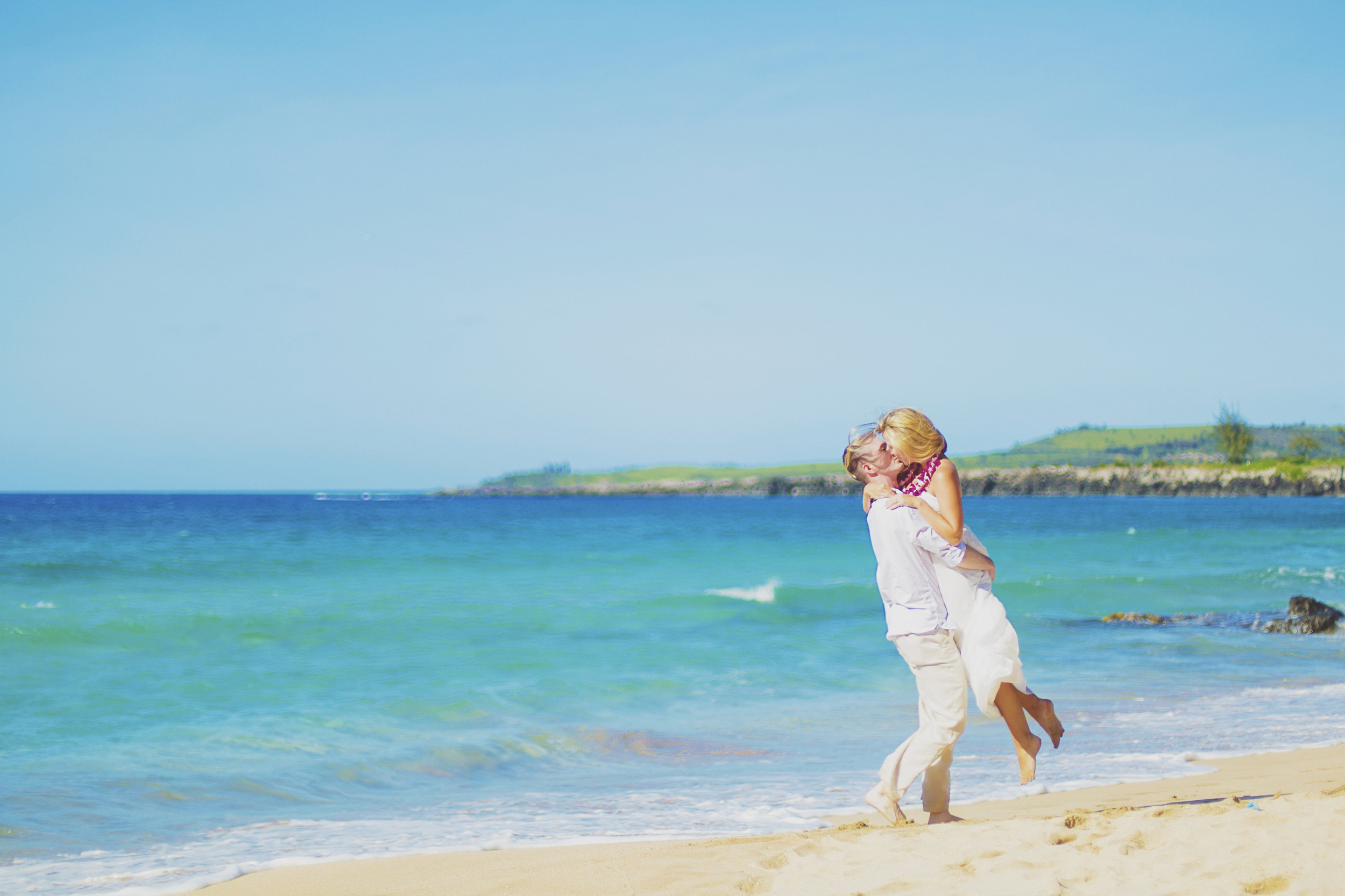 angie-diaz-photography-maui-honeymoon-hawaii-elopement-13.jpg