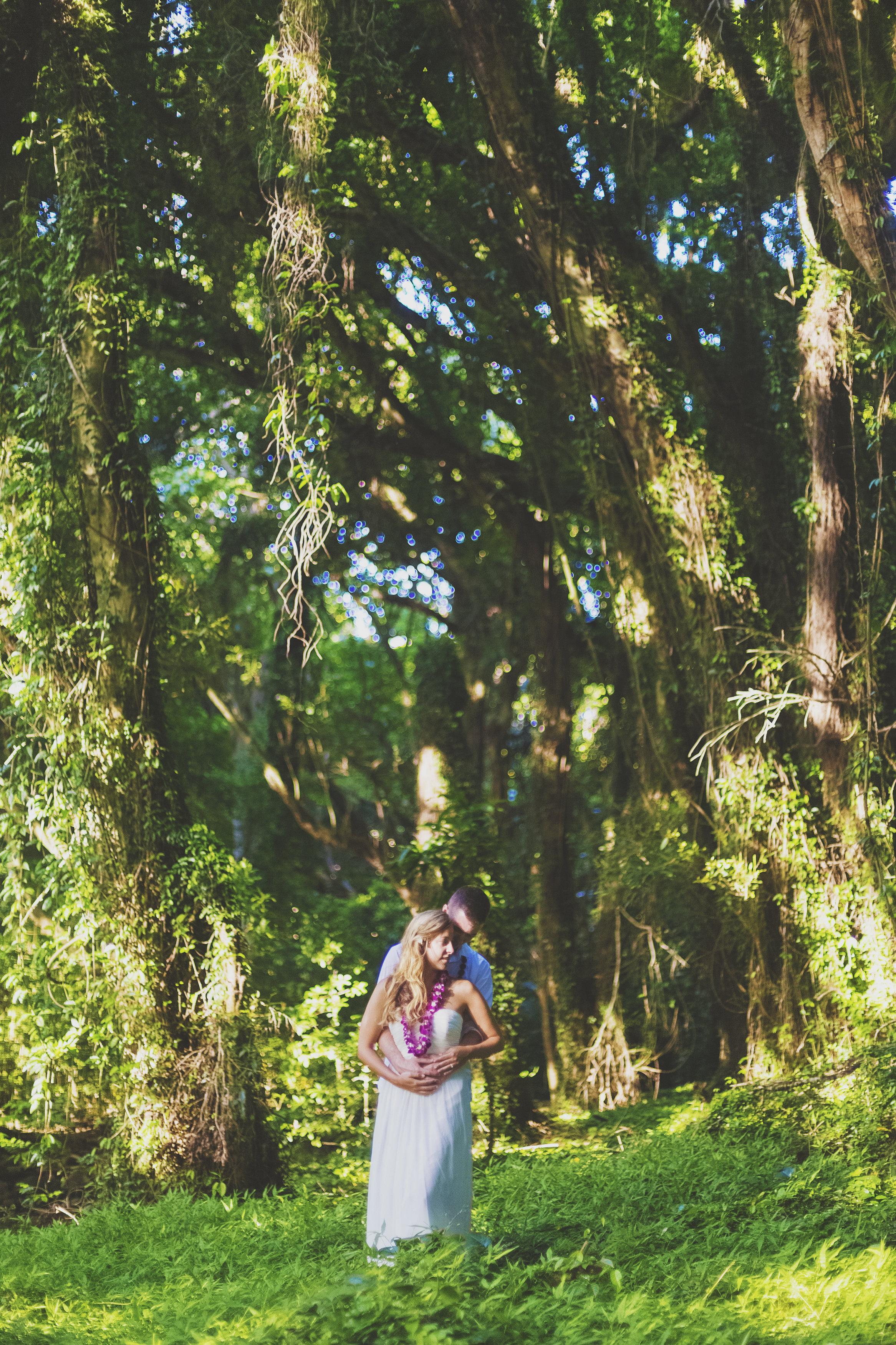 angie-diaz-photography-maui-honeymoon-hawaii-elopement-26.jpg