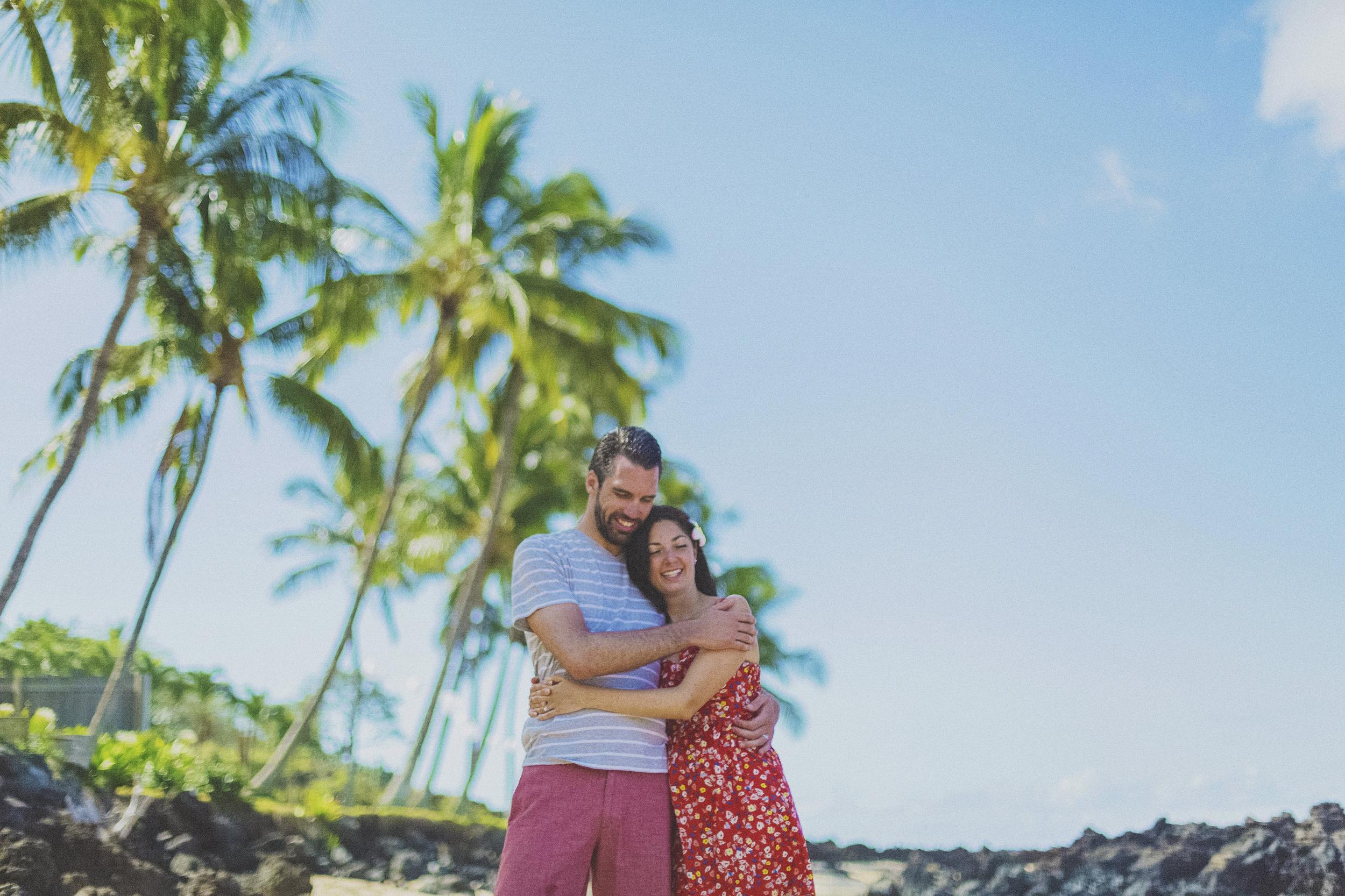 angie-diaz-photography-maui-beach-honeymoon-photographer-2.jpg