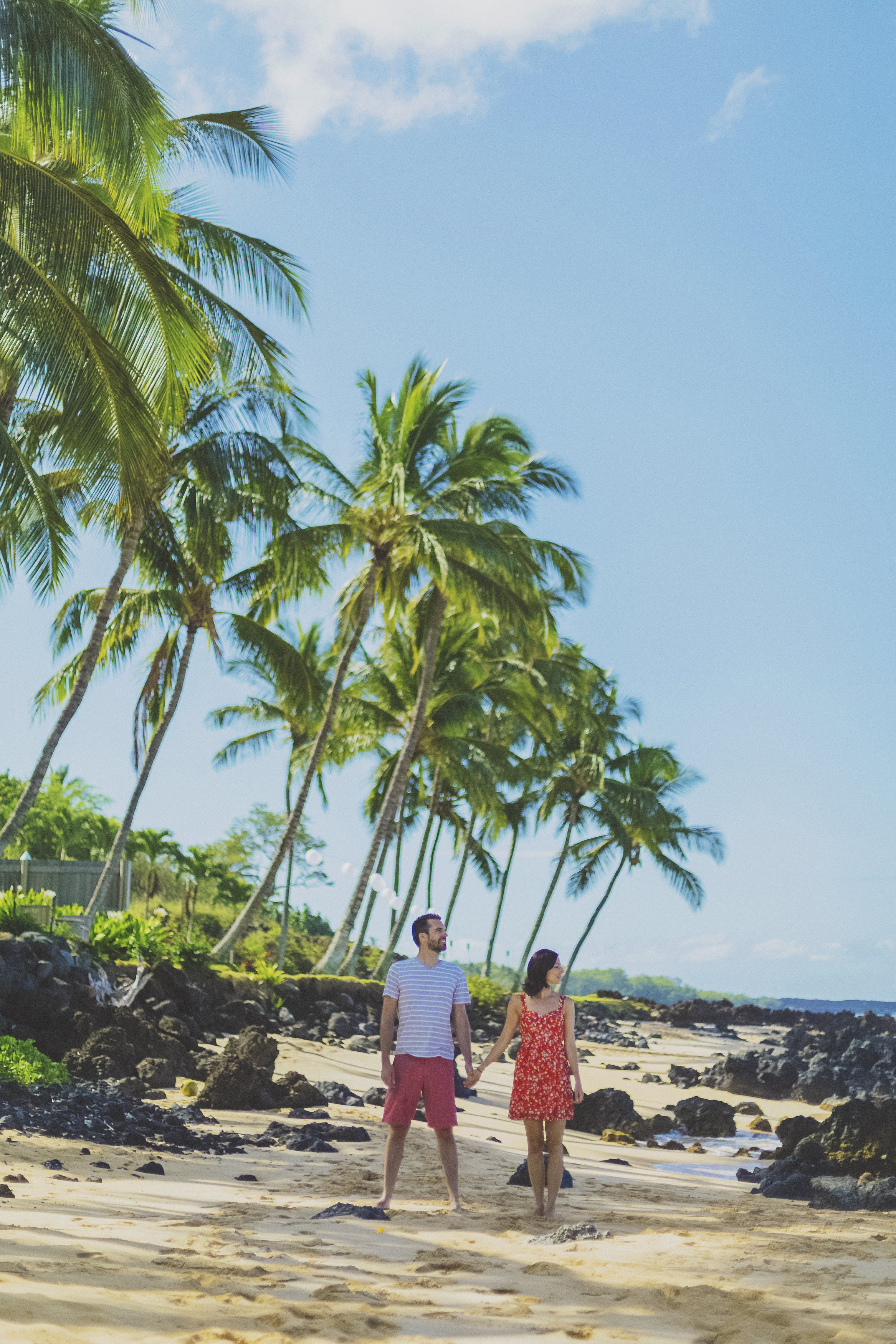 angie-diaz-photography-maui-beach-honeymoon-photographer-3.jpg