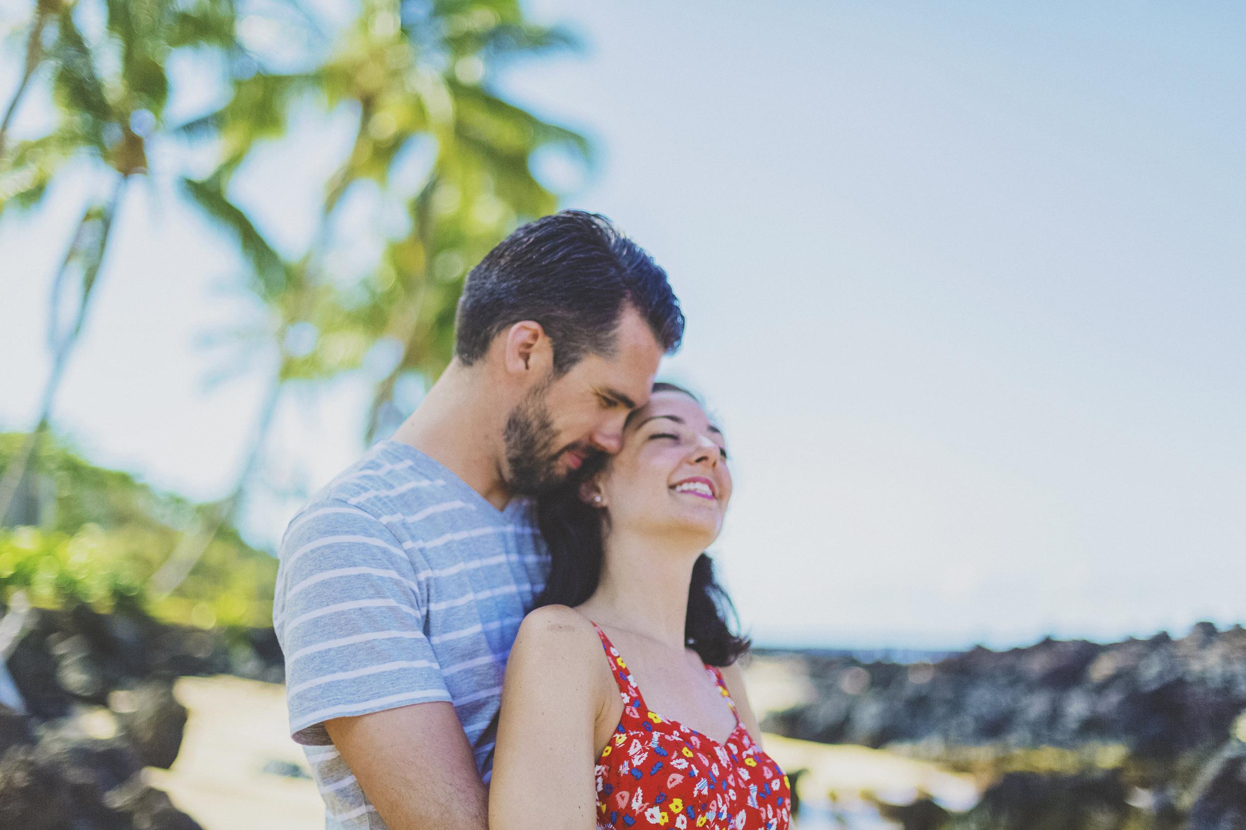 angie-diaz-photography-maui-beach-honeymoon-photographer-5.jpg