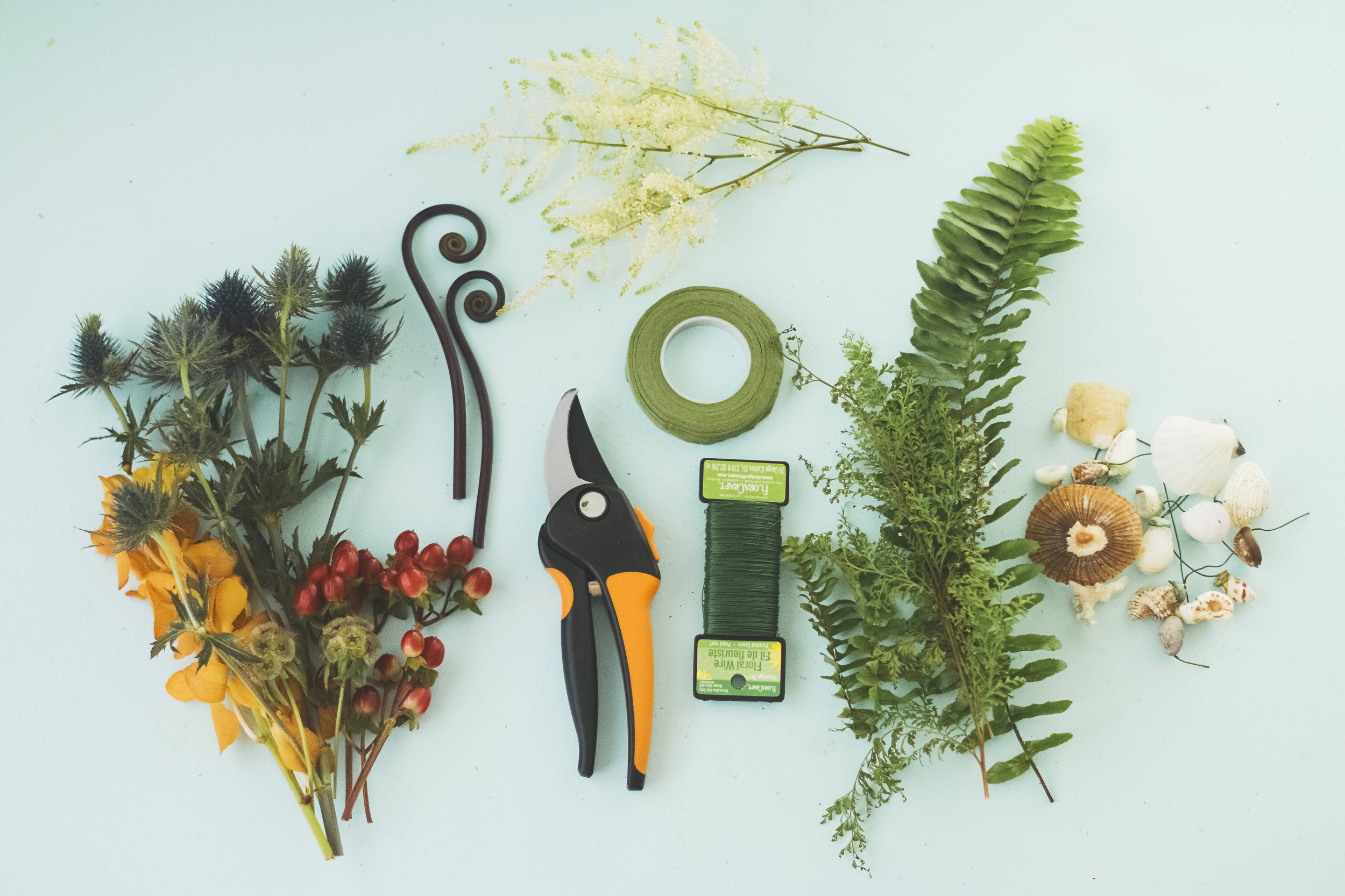 angie-diaz-photography-diy-flower-crown-tutorial-09.jpg