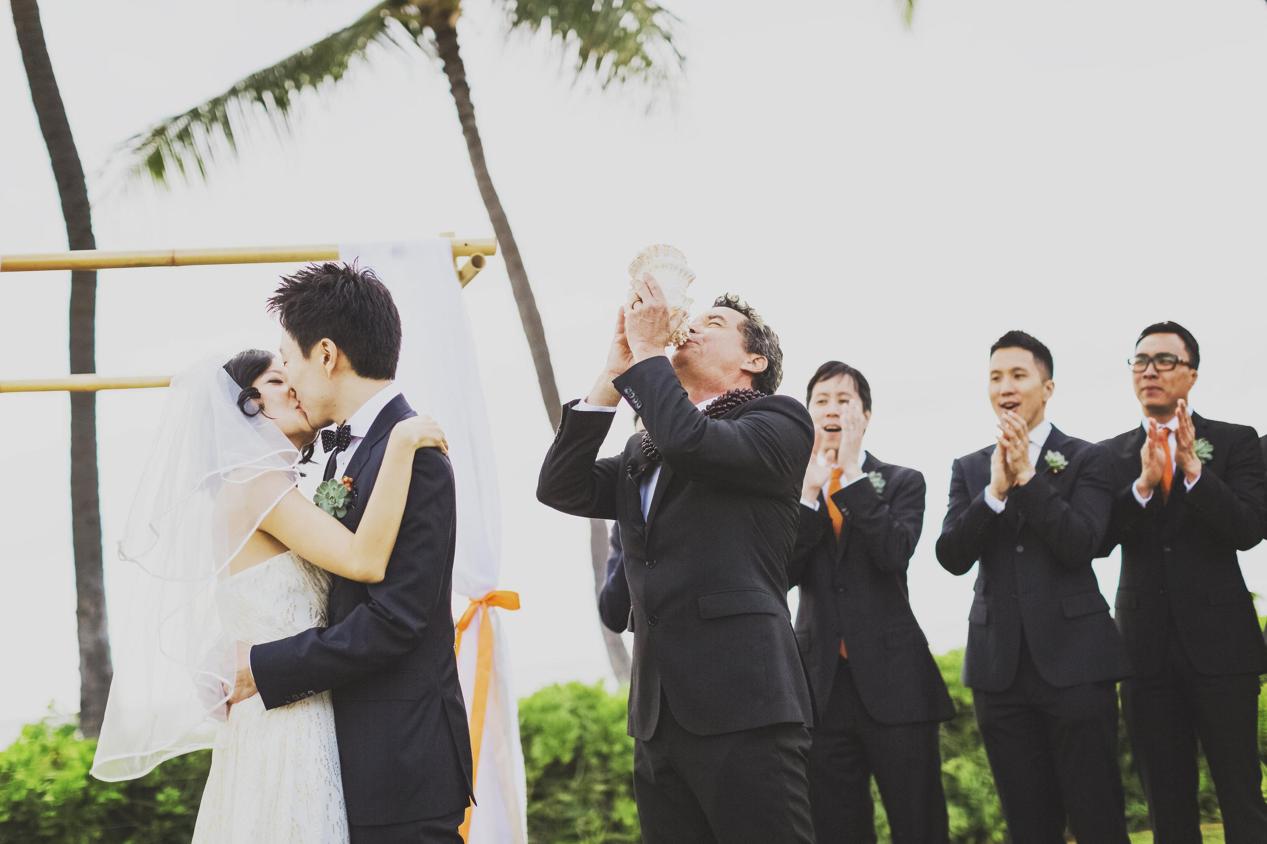 angie-diaz-photography-oahu-wedding-lanikuhonoa-shenshen-marshall-34.jpg
