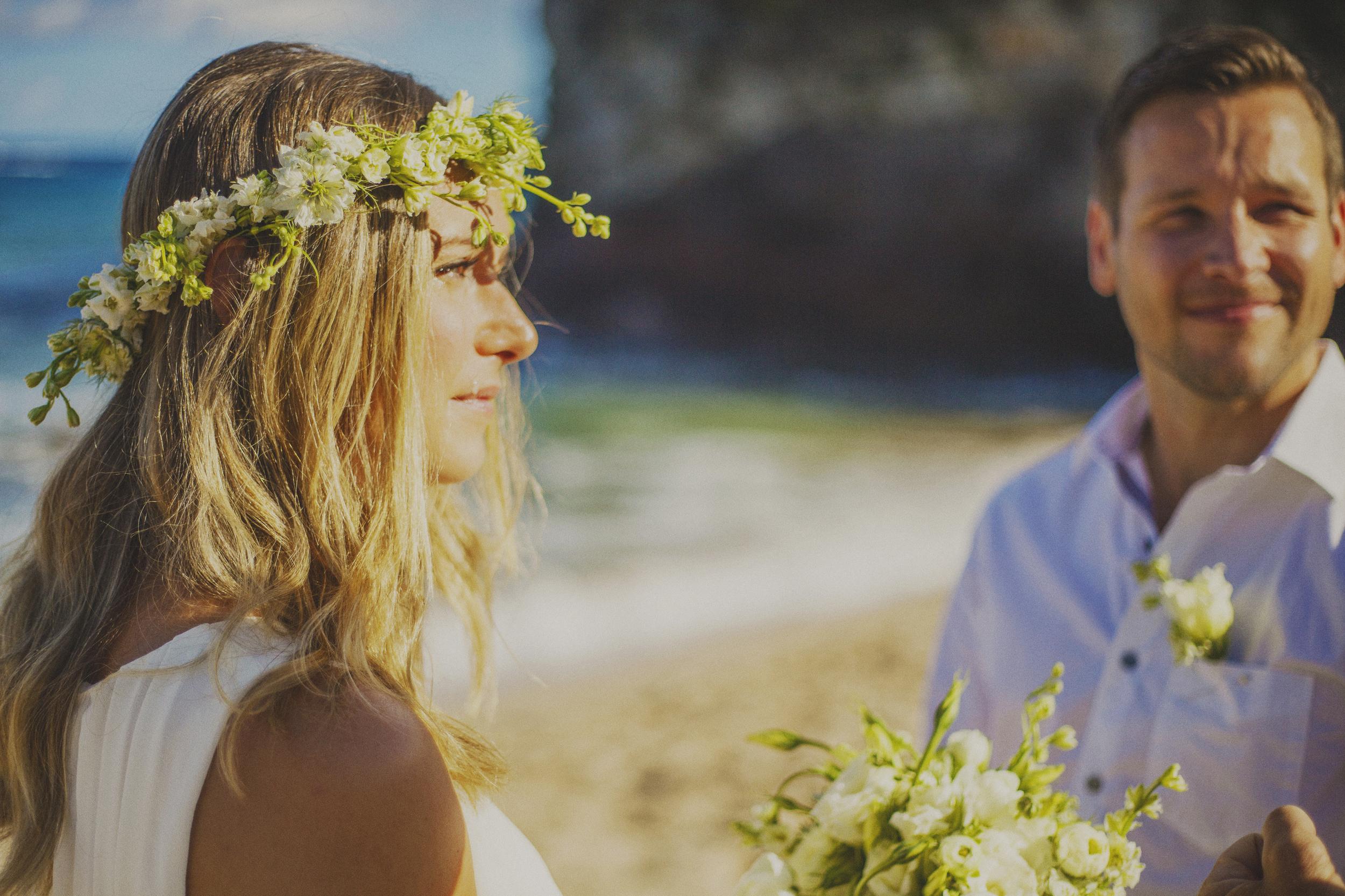 angie-diaz-photography-maui-elopement-oneloa-ironwoods-beach-7.jpg