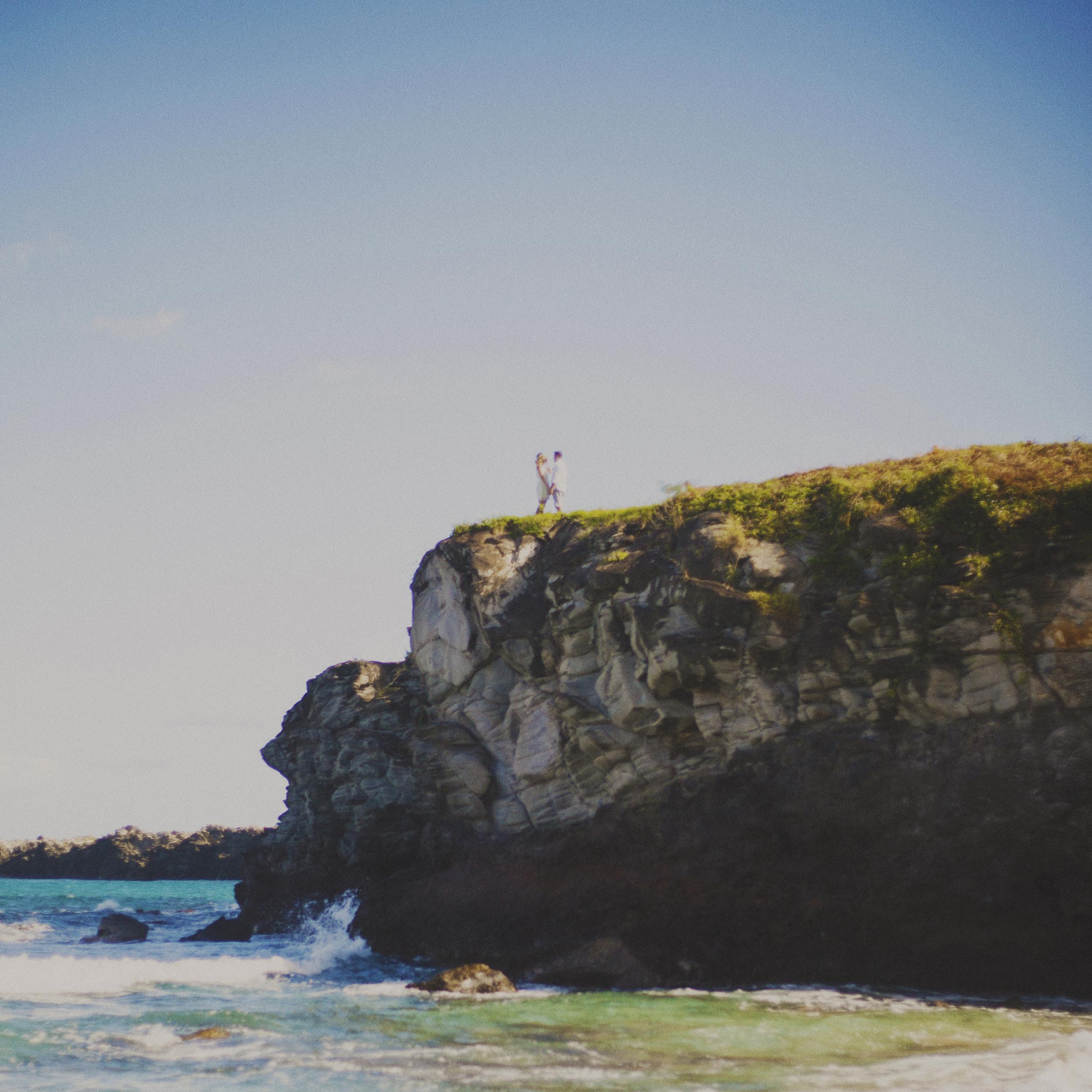 angie-diaz-photography-maui-elopement-oneloa-ironwoods-beach-12.jpg
